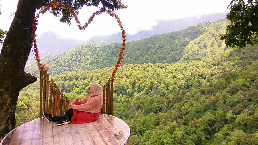 Paket Wisata Lombok 3 Hari 2 Malam (B)